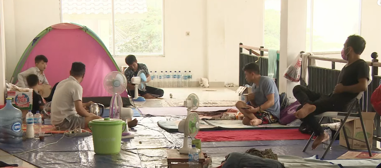 Refugee families in Indonesia left in limbo